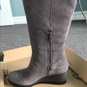 Ugg Dawna tall suede boots